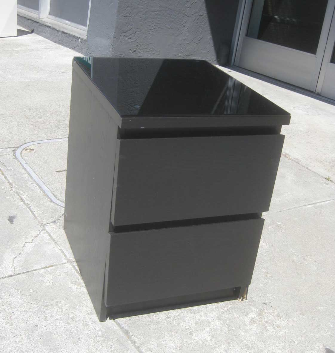 Uhuru Furniture Collectibles Sold Black Night Stand 20