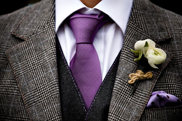 how to put a boutonniere on a guy