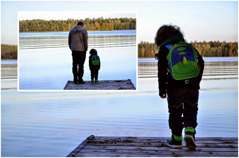 dziecko nad woda, dziecko i woda, jak sie zachowac nad woda, dziecko na pomoscie,