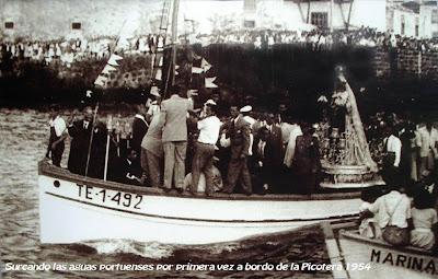 Fiesta de la Vírgen del Carmen, procesión en barca, Puerto de la Cruz (Tenerife) (1954)