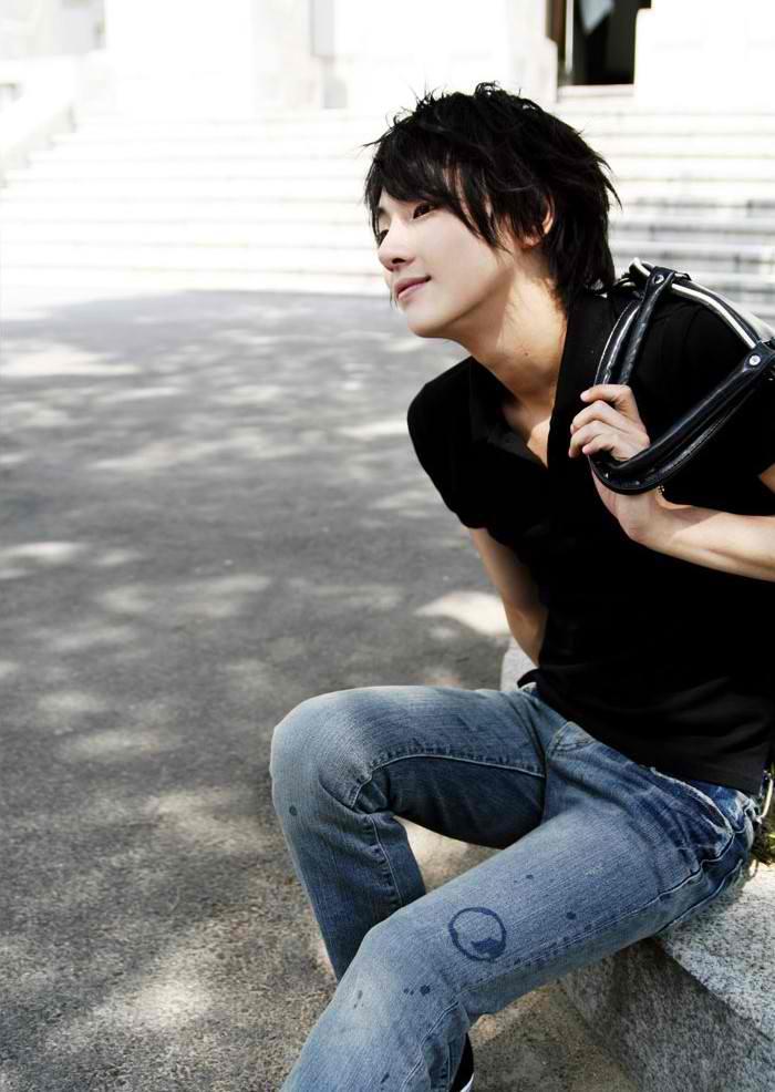 Yoon Shi YoonYoon Shi Yoon 2012
