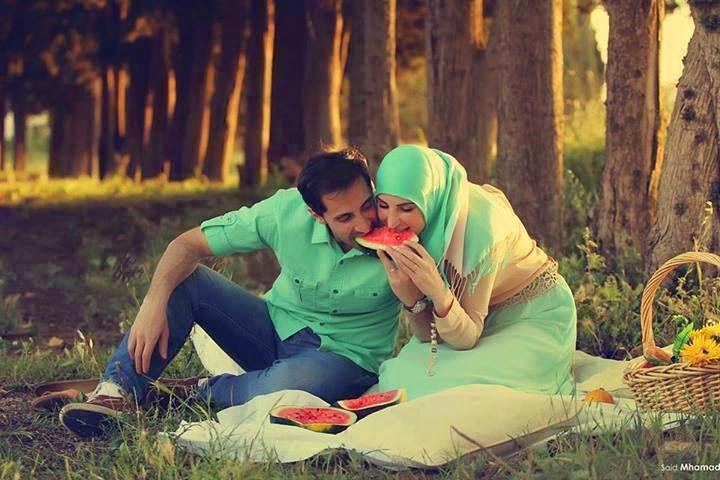 ketidaktahuan-suami-istri-berdua-rudipakenton