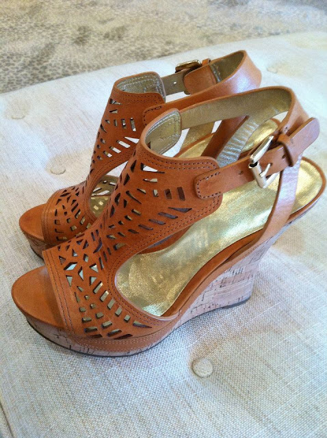 Belle Babita Wedge Shoe
