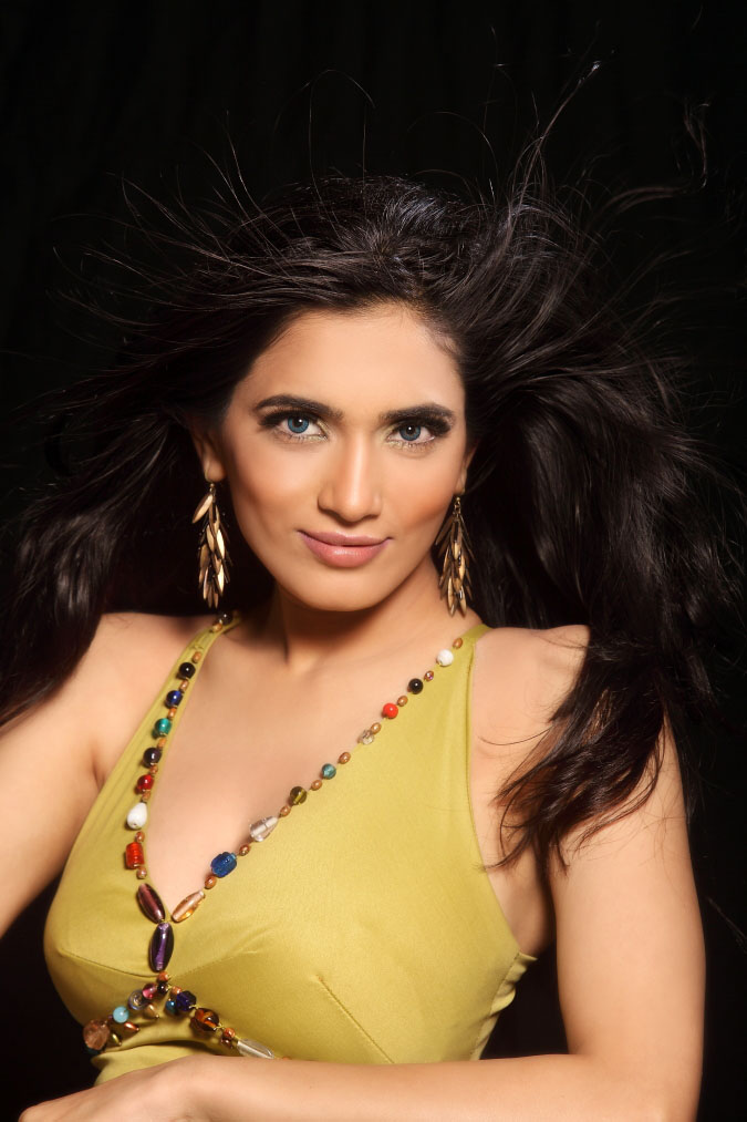 , Actress Mythriya Gallery