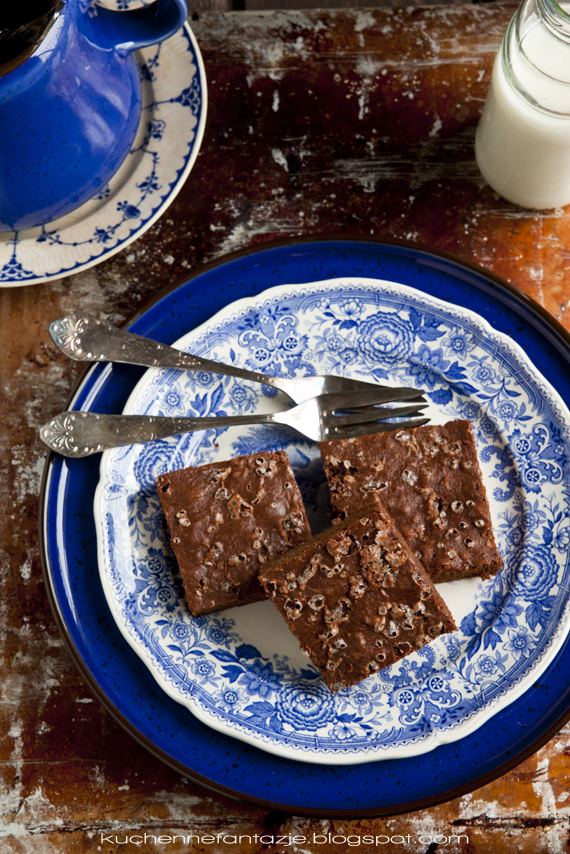 brownie, brownie przepis, brownie przepisy, ciasto brownie, przepis na brownie, ciasto czekoladowe, zakalec
