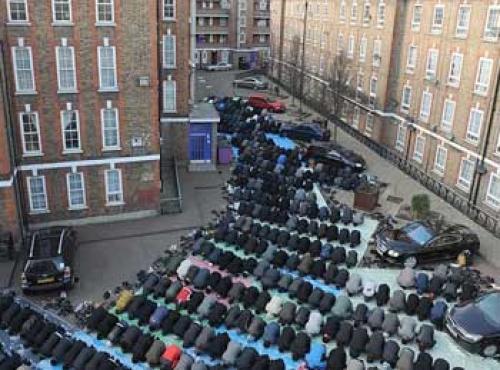 Pendapat Ulama, Hukum Shalat Jumat di Luar Masjid
