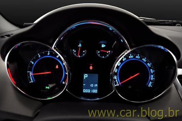 Chevrolet Cruze LTZ 2012 - painel de instrumentos