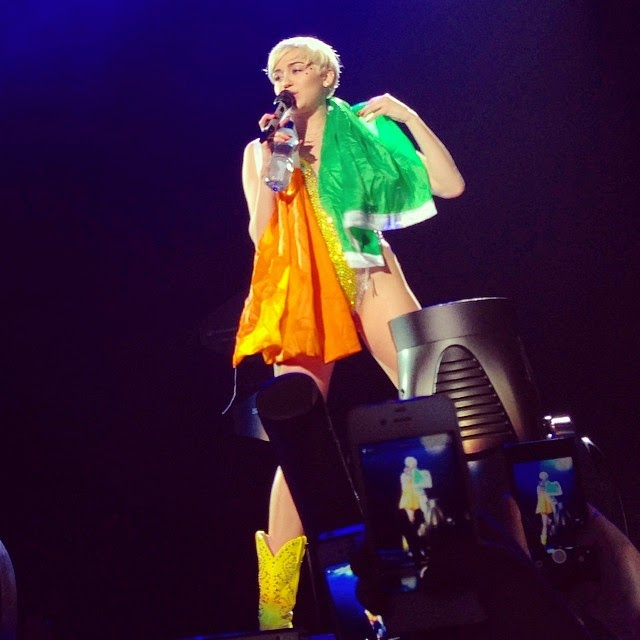 Miley Cyrus Bangerz Tour Dublin