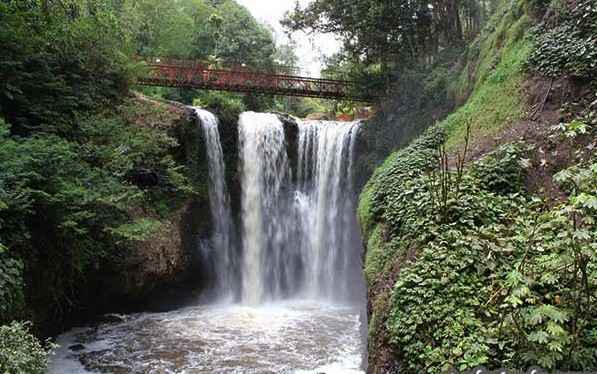 Curug Omas Taman Hutan Raya Djuanda Dago Pakar Bandung, curug omas bandung,alamat curug omas bandung,tempat wisata curug omas bandung,air terjun curug omas bandung