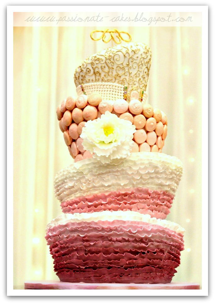 PassioNate Cakes : Marie Antionette topsy turvy Wedding Cake...
