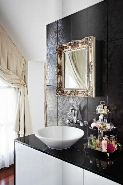 celebrity-homes-megan-hess-bathroom
