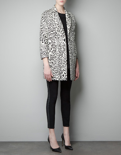 ZARA PRINTED SHORT COAT