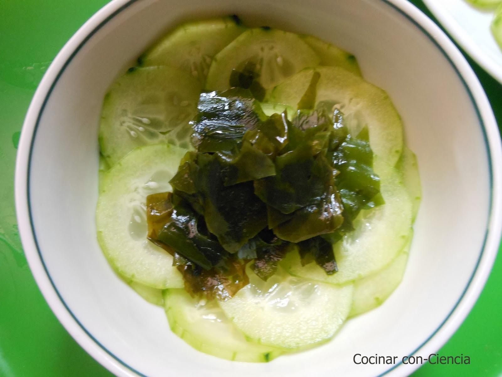 Ensalada de pepino y wakame cocinar con ciencia for Cocinar con 20 soles