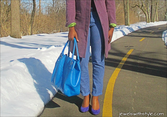 analogous color outfit, combining colors in your wardrobe, bright blue purse, jewels with style, mixing colors, the color wheel, winter coat, blue outfit, winter style, nine west heels, m renee design, jean on jean