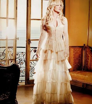 http://2.bp.blogspot.com/-X7GmNJ8rTEk/Tbzpjq0NJeI/AAAAAAAAnV8/e51BCVT6ubE/s1600/Britney%252BSpears%252BFF%252B%252BPNG.jpg