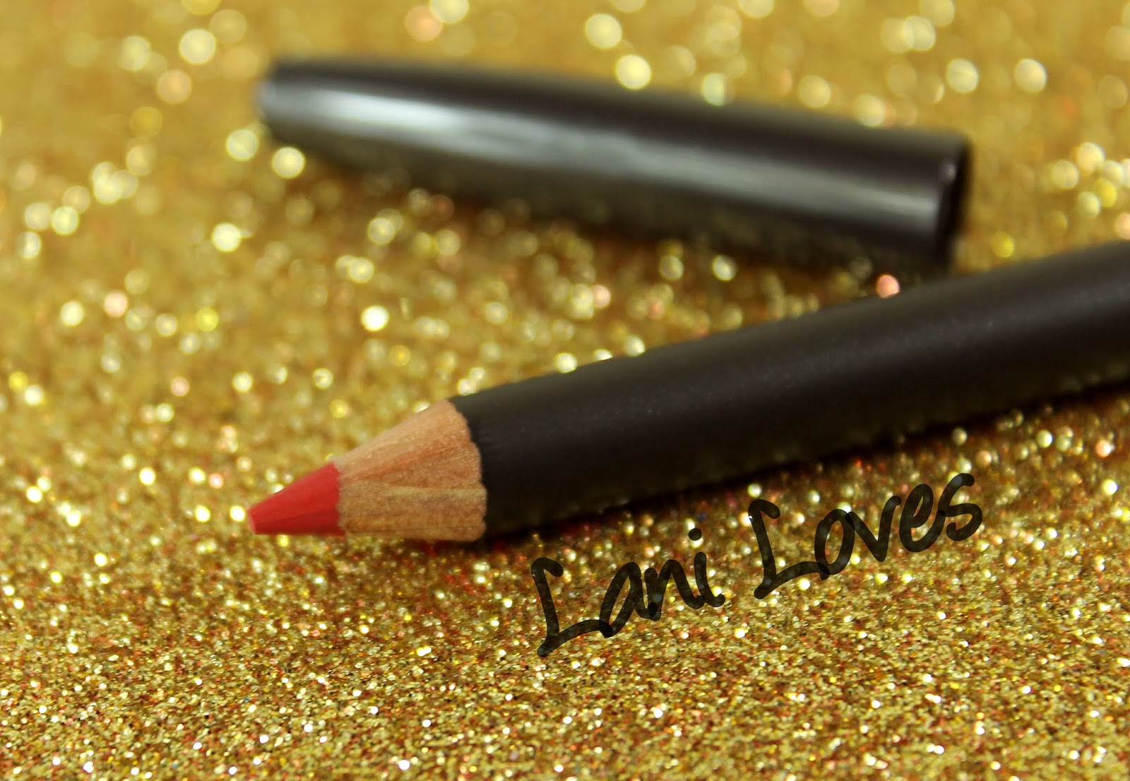 MAC Pencilled In: Ruby Woo Lip Pencil Swatches & Review