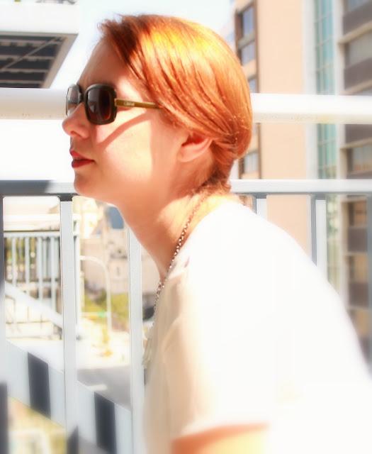 Sunny day, sunglasses, chiffon t-shirt