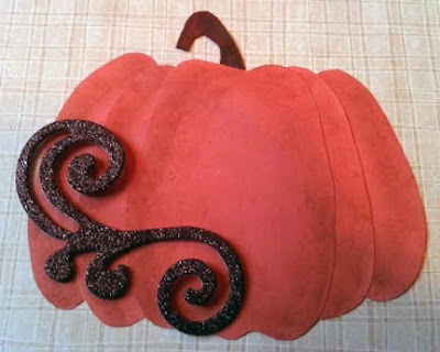 fall or Halloween or Thanksgiving pumpkin paper piecing in orange easy how to do instructions