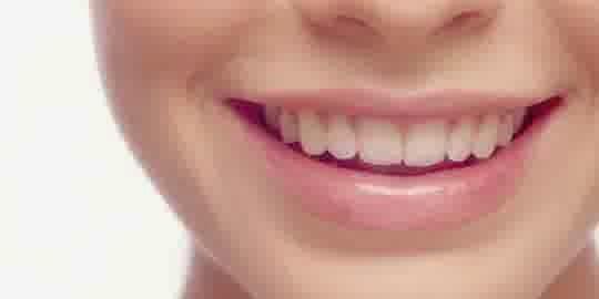 makanan yang dapat merusak gigi susu