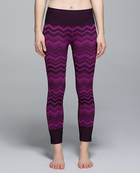 lululemon-ebb-to-street-pant regal plum