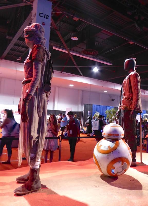 Star Wars Force Awakens movie costumes