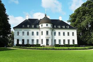 Дворец Бернсторффа (Bernstorffs Palace)