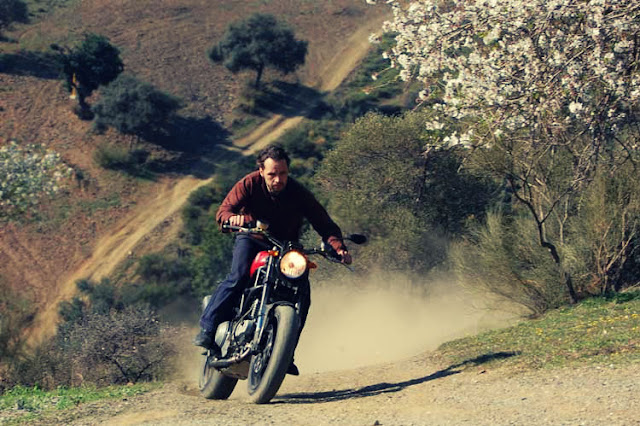 JvB-moto-Ducati-Scrambler- http://hydro-carbons.blogspot.com/search/label/Ducati -MONSTER-1000ie-