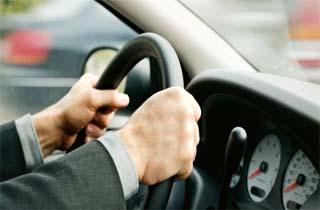 Menyetir Dengan Lambat SIM Dicabut Selamanya