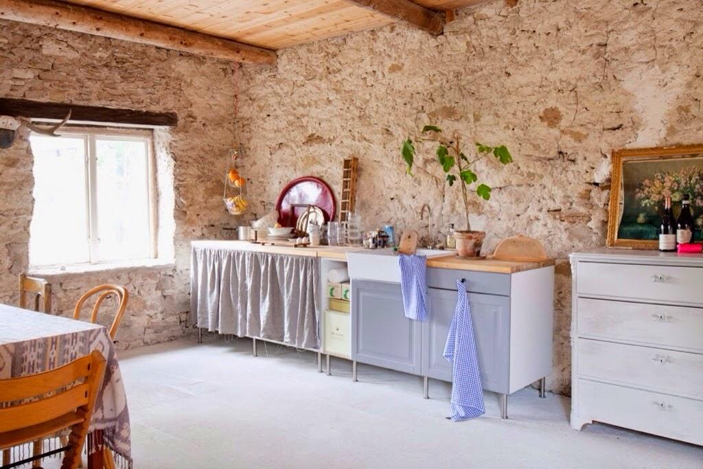 Decoraci n f cil una casa de verano en suecia y un rincon - Decorar una casa rural ...