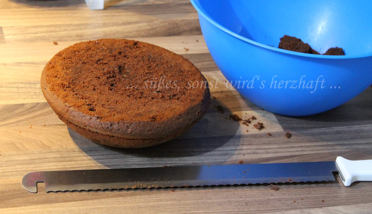 Susses Sonst Wird S Herzhaft Darth Vader Cake