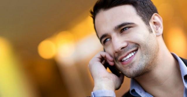 Sử dụng điện thoại khi làm việc giúp... giảm stress