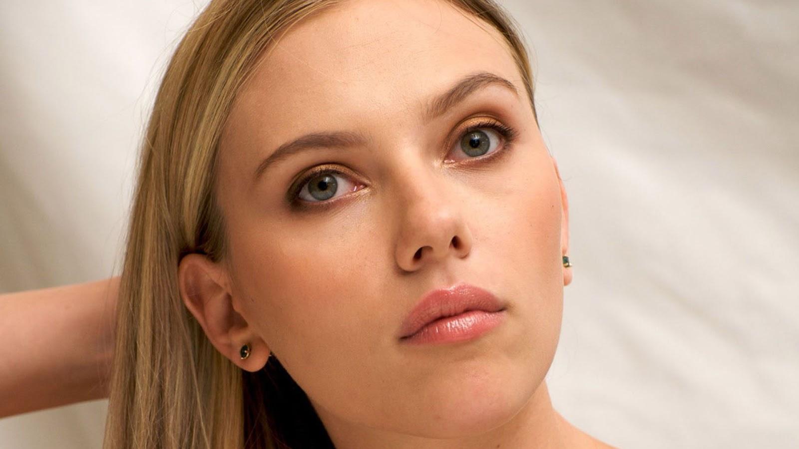 http://2.bp.blogspot.com/-X8W_XXILahM/USoz1B636lI/AAAAAAAAAJA/Tx3lSkz9sQo/s1600/Scarlett+Johansson+Hot+Wallpapers+Free+Download.jpg