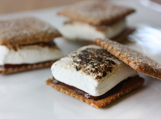 lisa is cooking: Homemade S'mores