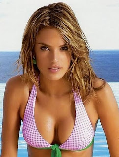 Alessandra Ambrosio Hot Brazilian Model Photos