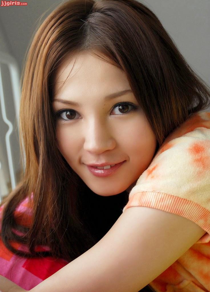 minami hamasaki dating sim Ton père est un voleur : il a pris les étoiles dans le ciel pour les mettre dans tes yeux bon, allez, ne mentez pas combien d'entre vous se.