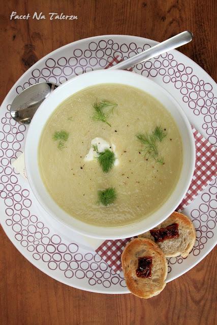 kremowa zupa z selera i fenkuła