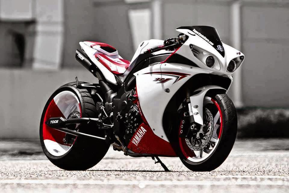 Free wallpapers HD Bikes R1