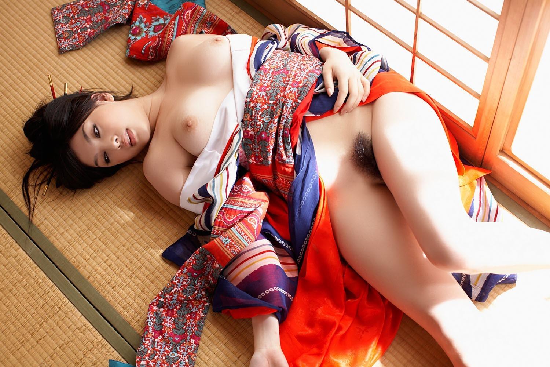 Японская эротика видео передаст