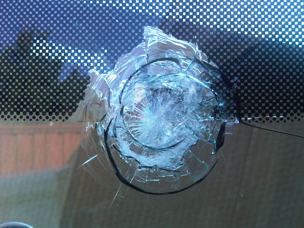 Lite revelations windshield repair chips on the table for How to break bottom of glass bottle