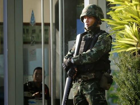 Undang-undang tentera berkuatkuasa di Thailand