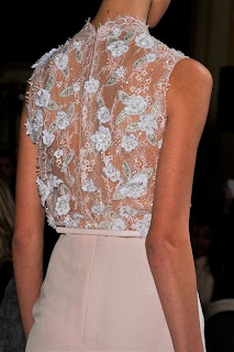 haute couture romantique soie dentelle organza paillettes