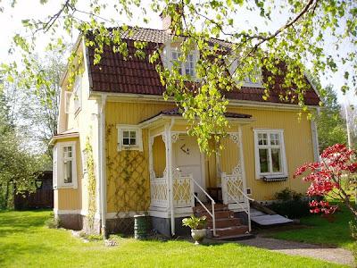 yellow tiny house