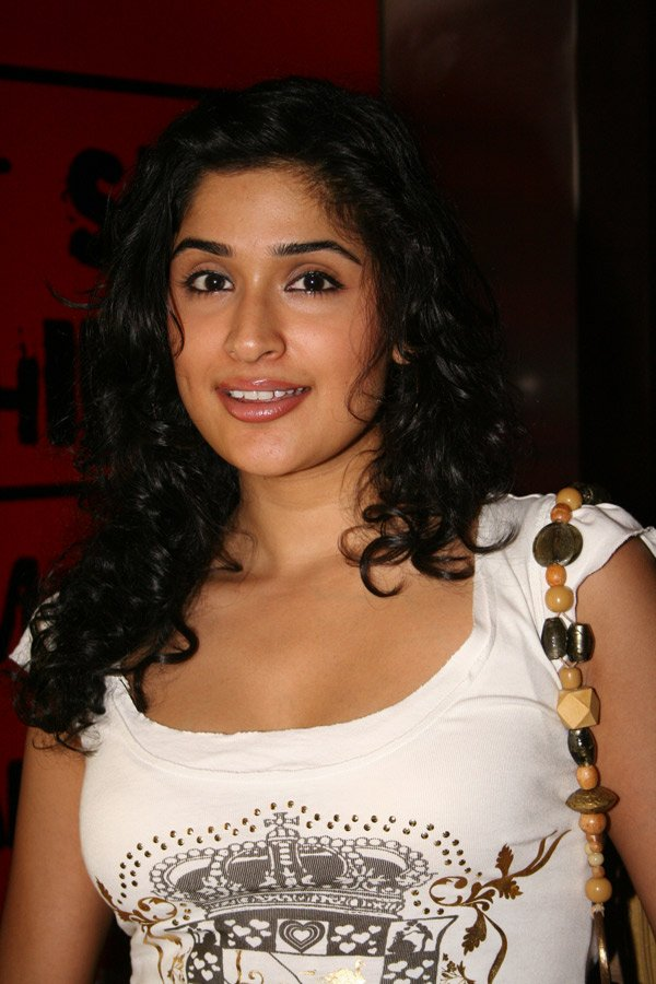 2011 ~ Bollywood Celebrity Wallpaper