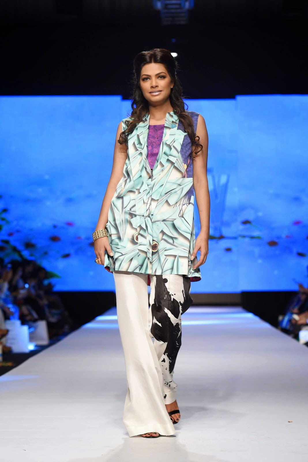 Rachel for sania maskatiya TFPW15