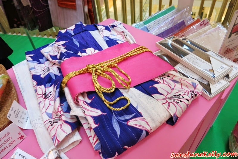 Spring, Tokyo Street, Spring in Japan, Sakura Fair, Sakura Collection, Sakura Paper Fantasy, Sakura Collection 2014 Asia Student Award, Sakura Collection Fashion Show in Japan