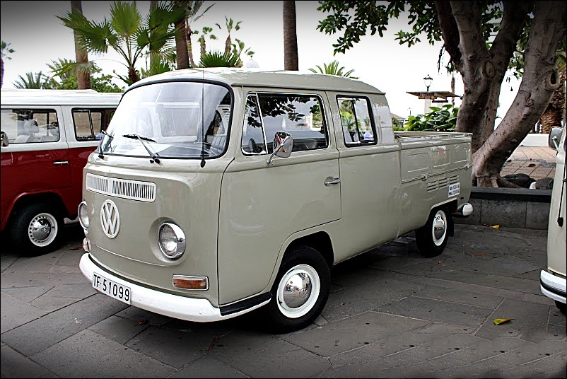 VOLKSWAGEN T2A DOBLE CABINA
