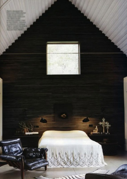 dramatic bedroom, high ceiling, black wall