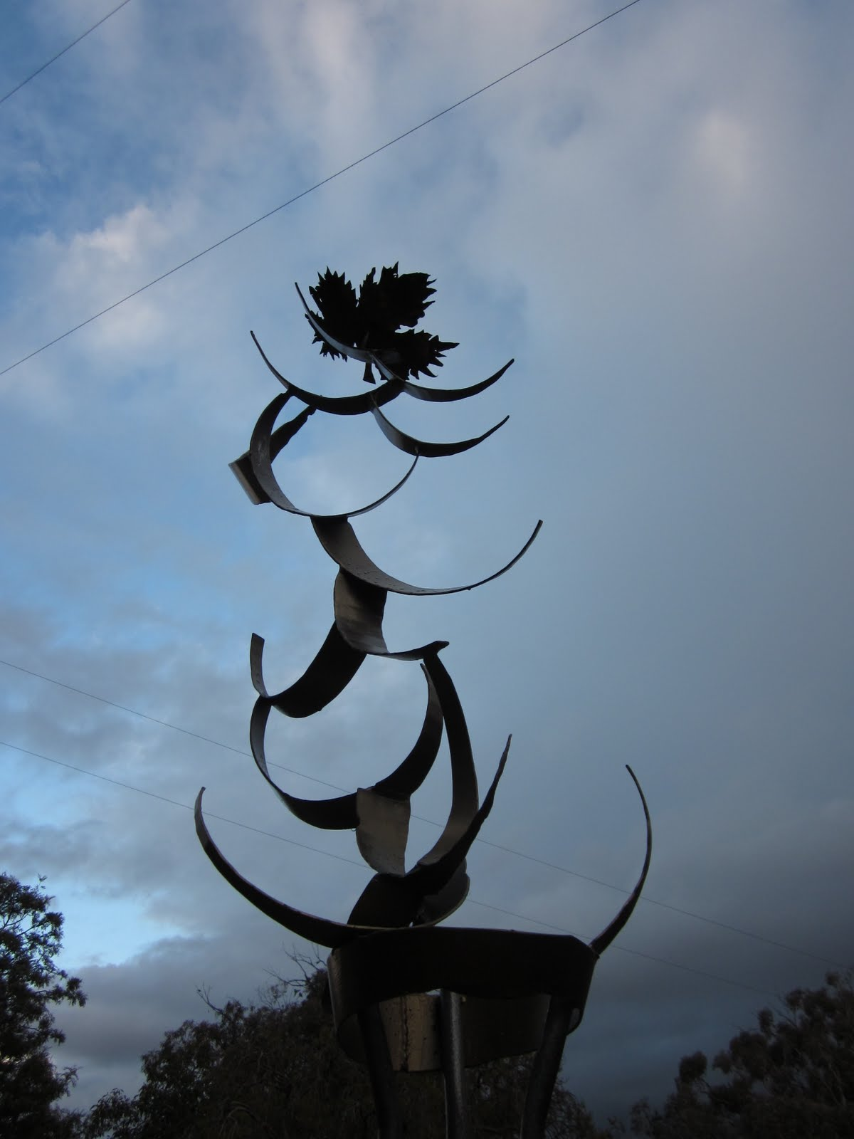 FOR THE SCULPTURE GARDEN & CAFE - click here!