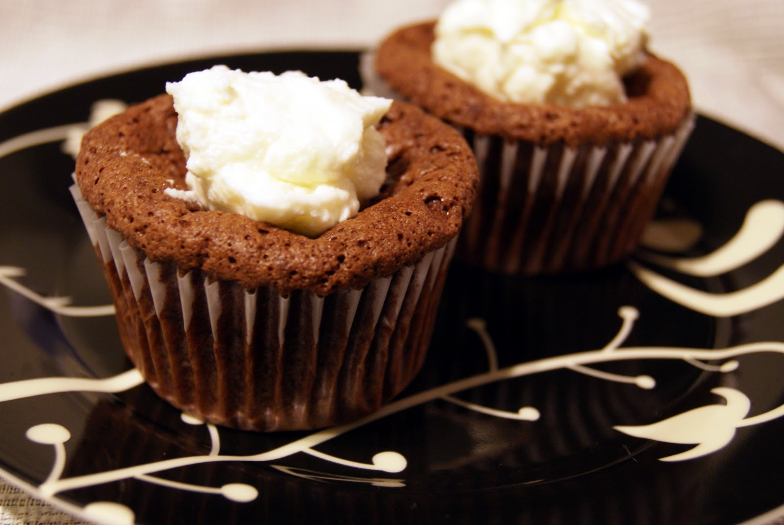 The Bionic Baker: Chocolate Soufflé Cupcakes with Mint Cream