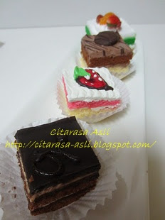 Ala Opera Mini Slice Cake